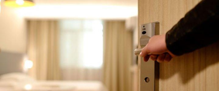 tendencia-ofrecer-hoteles-solo-para-adultos