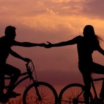 amas-el-helado-y-la-cerveza-esta-ciudad-te-regala-ambos-si-andas-en-bicicleta