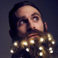 conozca-la-nueva-moda-decembrina-de-llevar-luces-en-la-barba