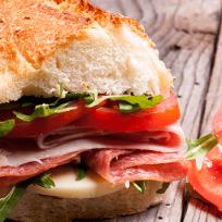 receta-del-dia-panino-de-salchichon-artesanal