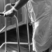 mujer-declara-su-amor-enfermero-desconocido