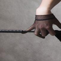 mujer-intenta-imitar-50-sombras-de-gray-y-casi-termina-asfixiada