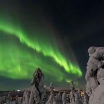 increible-el-efecto-del-gas-en-una-aurora-boreal