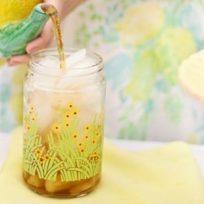 receta-del-dia-limonada-de-hierbabuena