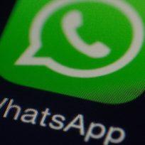 ¿Cómo se puede descubrir si un extraño te tiene agradado en WhatsApp?