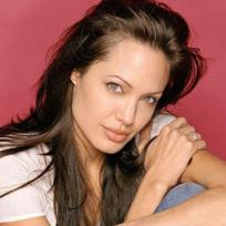 La polifacética Angelina Jolie cumple 44