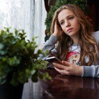 La juventud y las selfies y los likes