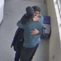 docente-desarmo-con-un-abrazo-un-estudiante-que-iba-realizar-tiroteo
