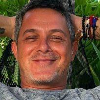 alejandro-sanz-sigue-disfrutando-de-unas-vacaciones-caribenas