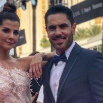 Lincoln Palomeque sorprendió en plena transmisión en vivo a Carolina Cruz por su cumpleaños