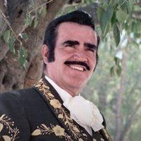 Vicente Fernández celebra su cumpleaños número 80