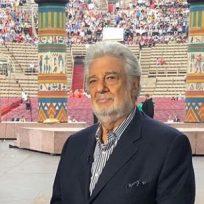 El cantante español Plácido Domingo anunció que tiene coronavirus