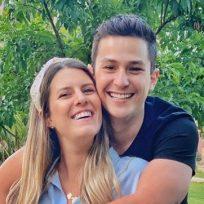 Con mucho amor, así festejo Sebastián Vega el cumpleaños de su esposa