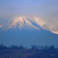 Espectaculares imágenes del Nevado del Tolima tomadas desde Bogotá
