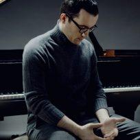 Pianista realiza un concierto de 20 horas por Internet