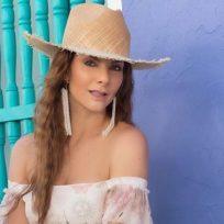 Carolina Cruz intentó imitar la rutina de ejercicios de Greeicy Rendón