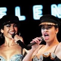 Publican imágenes inéditas de Jennifer López en el papel de Selena