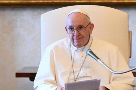 El Papa Francisco invitó a las personas a cuidar el medio ambiente en medio de la crisis del coronavirus