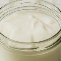 Aprende a preparar mayonesa casera con estos 4 ingredientes