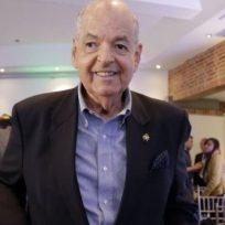 Raimundo Angulo, exdirector del Concurso Nacional de Belleza, fue hospitalizado por COVID-19