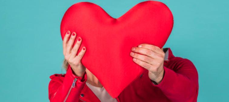Amor familiar: hombre se separa de su esposa para casarse con su exsuegra