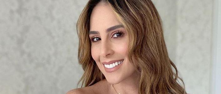 Carolina Soto es criticada en redes por una foto en traje de baño