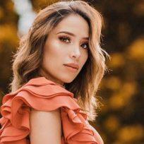 """Luisa Fernanda W recibió fuertes críticas por el """"exceso de Photoshop"""" en su barriguita de embarazada"""