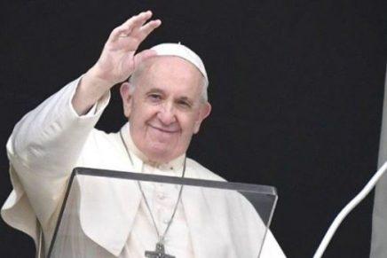 """El papa Francisco afirmó que los alimentos y la sexualidad son """"placeres divinos"""""""