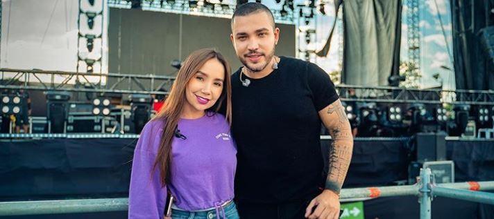 """""""Es nuestra historia"""", dijo Jessi Uribe antes de cantar """"La conquista"""" junto a Paola Jara"""