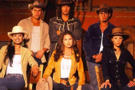 Revelan foto inédita de 'Juan Reyes' y 'Dinora' luego de varios años de la emisión de 'Pasión de Gavilanes'