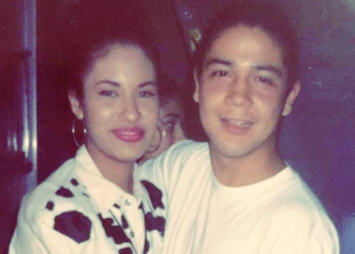 Selena Quintanilla Y Chris Pérez Una Historia De Amor A Través De La Música