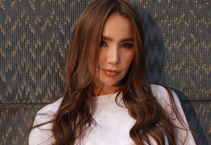 La sensual foto de Paola Jara por la cual la comparan con una actriz de cine para adultos