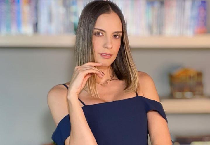 La atrevida foto de Laura Acuña desnuda que hasta Laura Tobón comentó