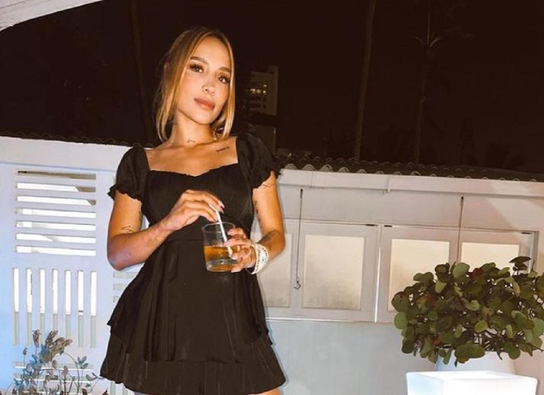 Luisa Fernanda W se quitó el sostén para dejar claro que nadie le quitará su seguridad