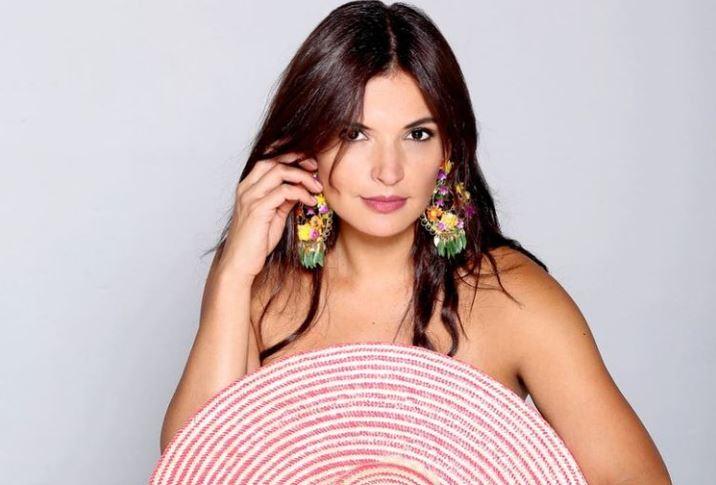 Margarita Reyes desbordó sensualidad al publicar algunas fotos ligerita de ropa