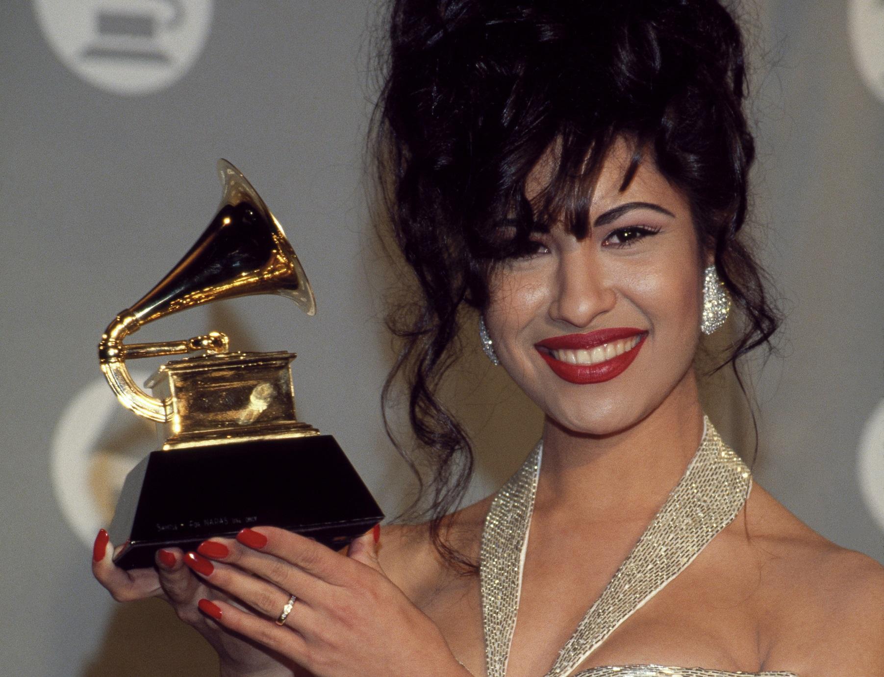 """""""Dame un beso"""", el primer éxito de Selena Quintanilla que muy pocos conocían"""