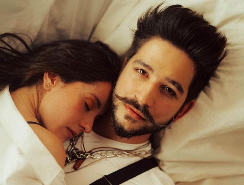 Camilo Echeverry compartió una foto íntima con Evaluna y en redes los criticaron