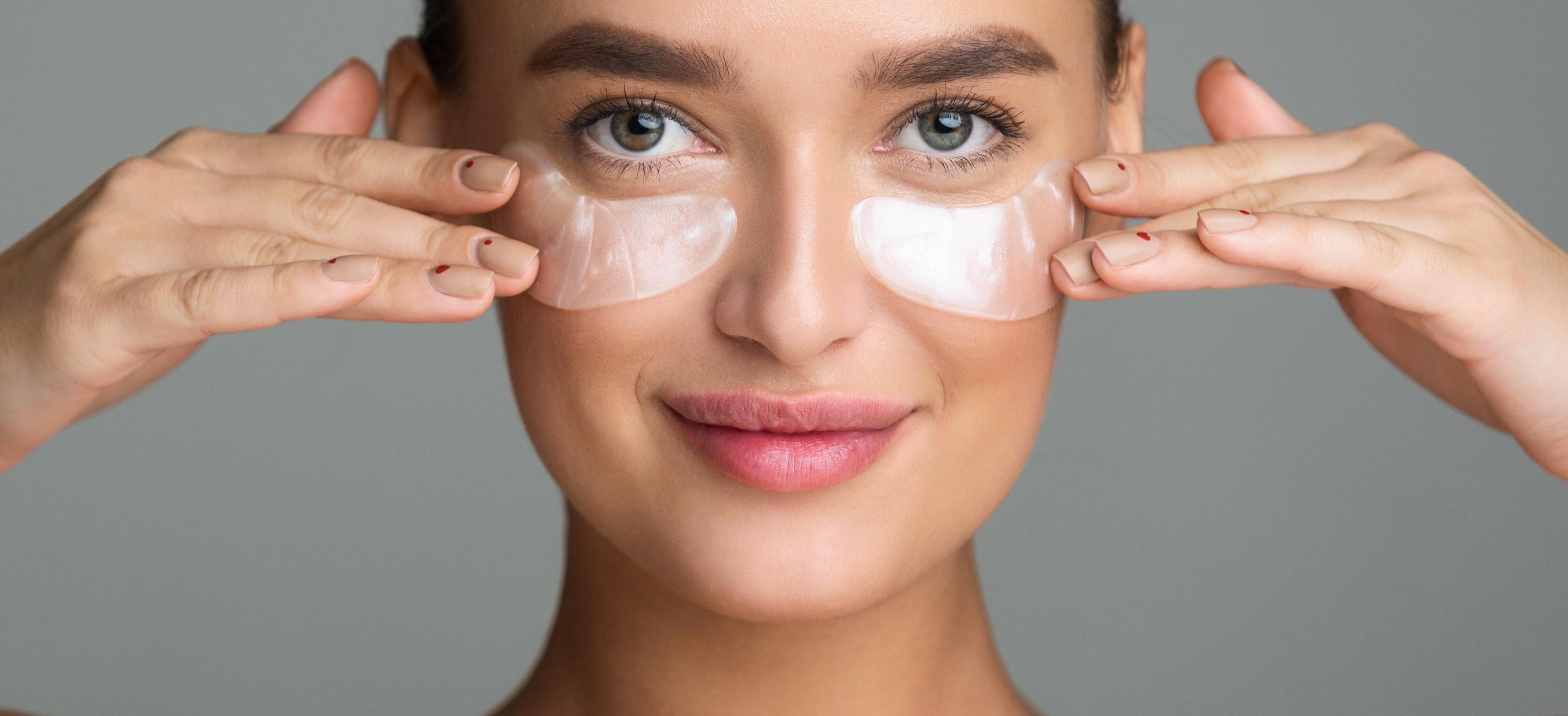 Trucos de Belleza: Aprende a cubrir tus ojeras de manera correcta