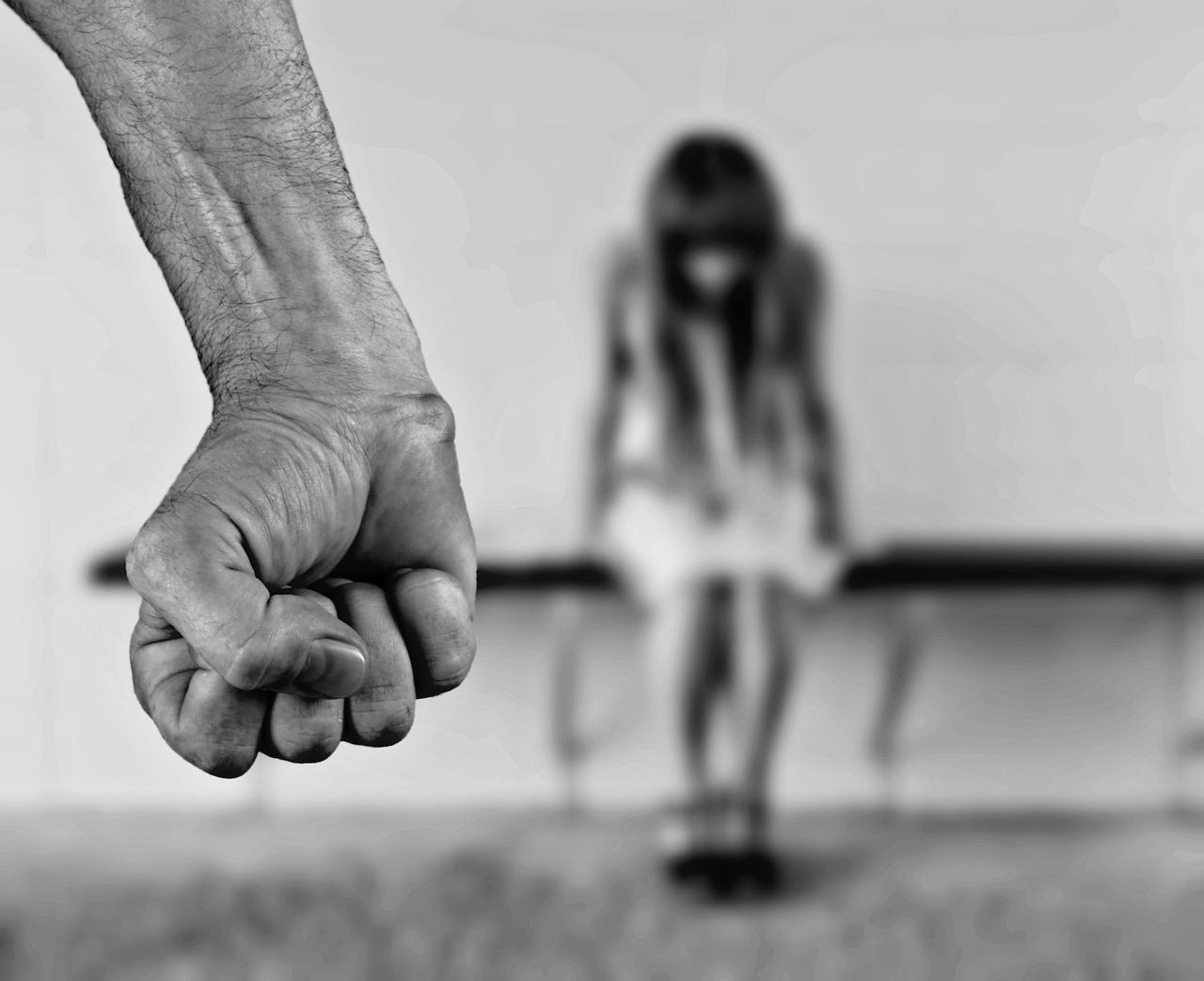 Violencia intrafamiliar: ¿Cómo procede le Código Penal colombiano en este delito?