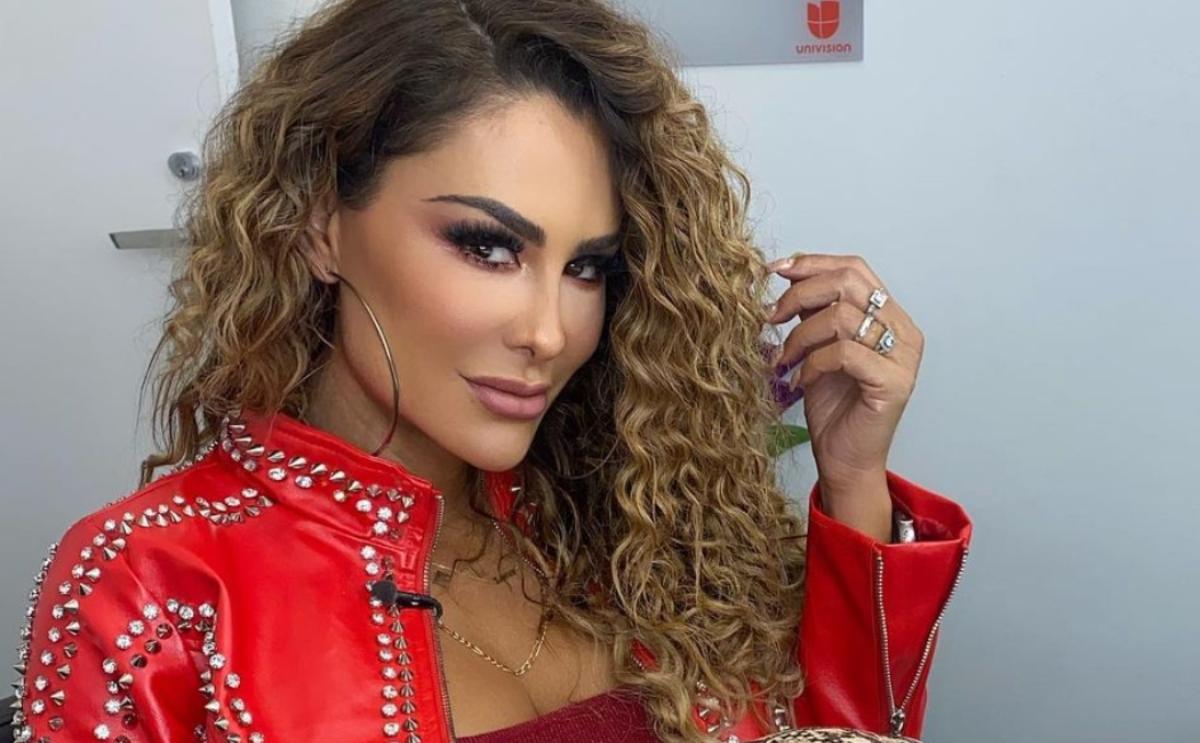 Ninel Conde sensual video